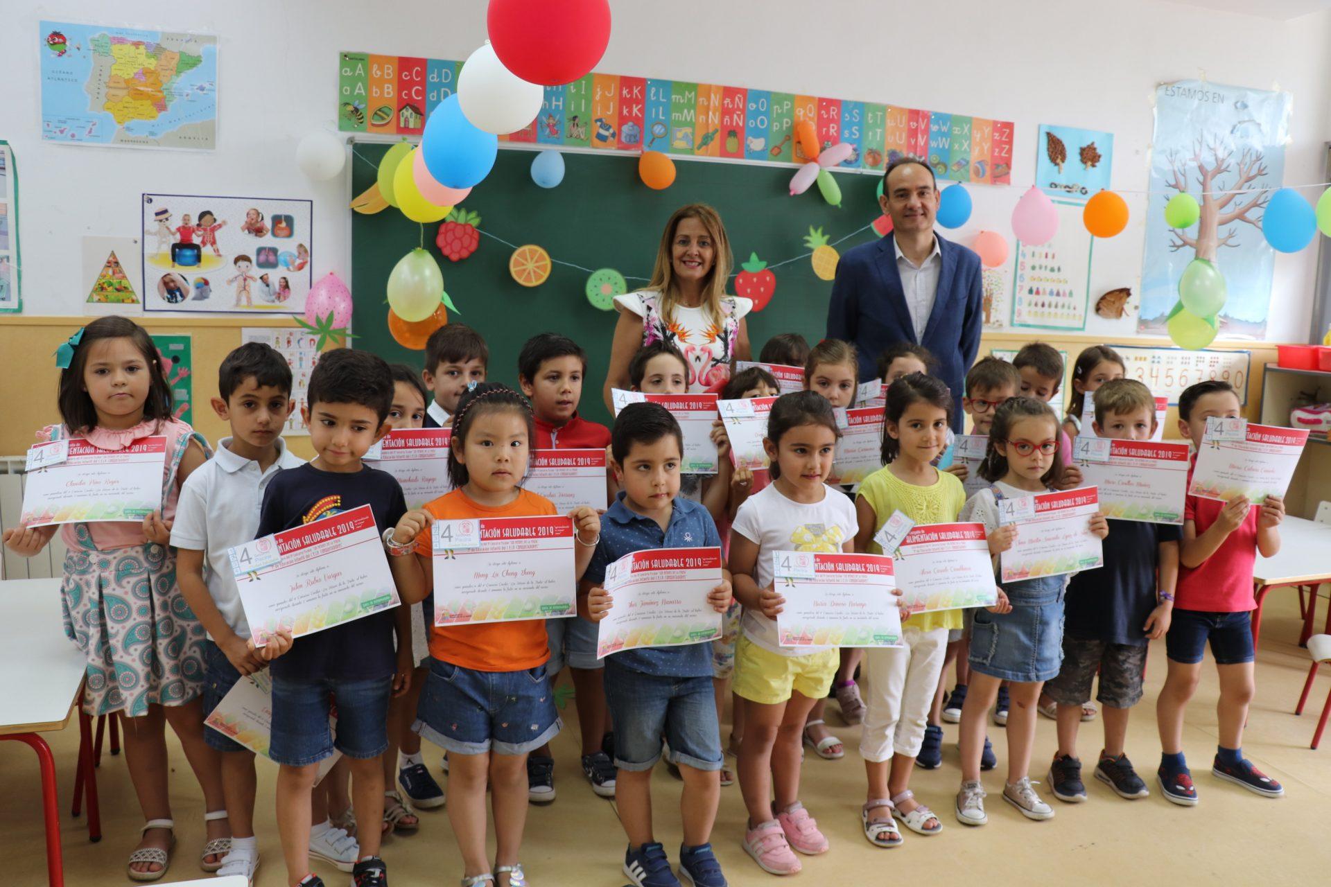 """El CEIP Conquistadores gana el concurso """"Los Héroes de la Fruta"""""""